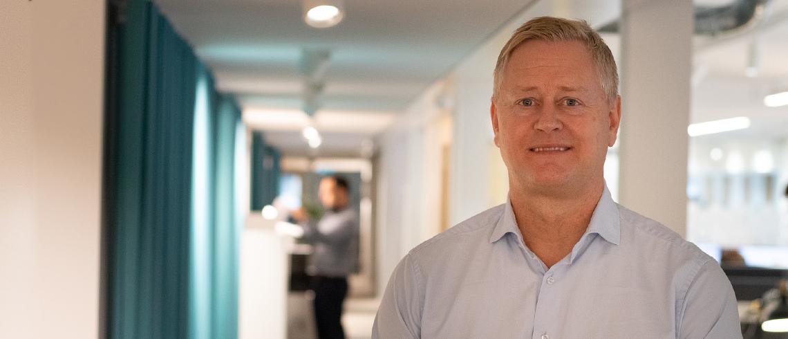 """Fastighetsprofilen Ted Lindqvist: """"Ingen vill att hushållens skulder ska dra Sverige i fördärvet"""""""